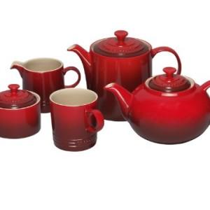 Le Creuset Stoneware Grand Teapot Cerise Red