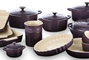 Le-Creuset-Stoneware-Classic-Teapot-13-L-Cassis-0-3