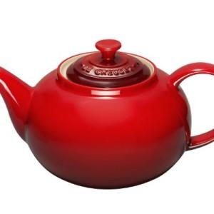 Le-Creuset-Stoneware-Classic-Teapot-13-L-Cerise-0