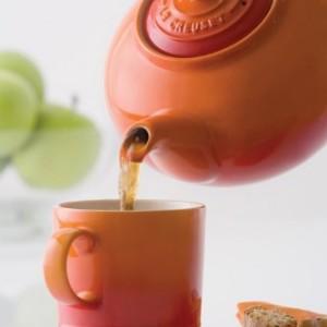 Le-Creuset-Stoneware-Classic-Teapot-13-L-Volcanic-0-2