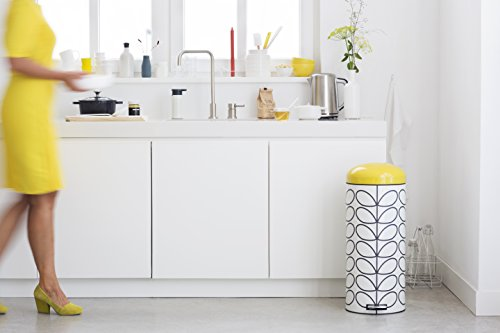 Brabantia 30 Litre Retro Pedal Bin by Orla Kiely - Cream Linear Stem