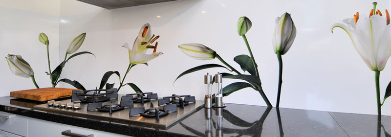 White Lilies Kitchen Splashback Idea